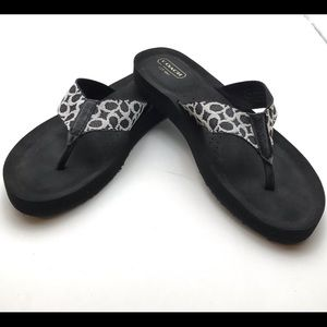 Coach flip flop sandals sz 8.5